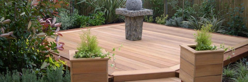 Quality Garden Wood & Composite Decking